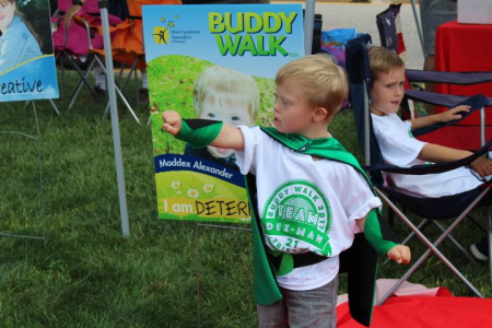 DSA DE Buddy Walk super hero